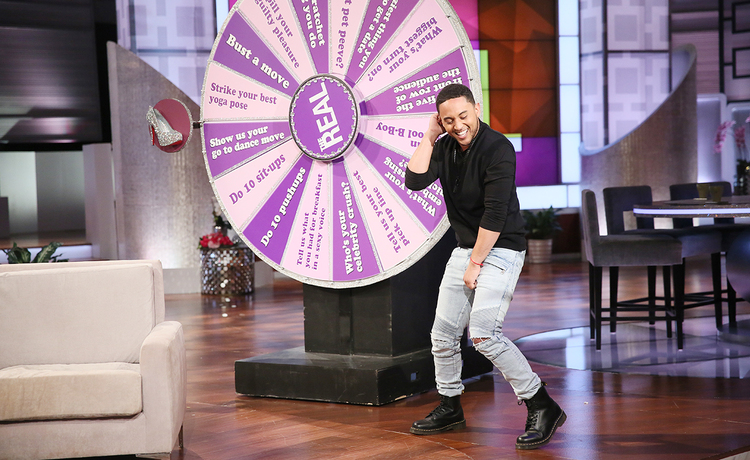Tamera and Brother Tahj Mowry Show Off Their Moves