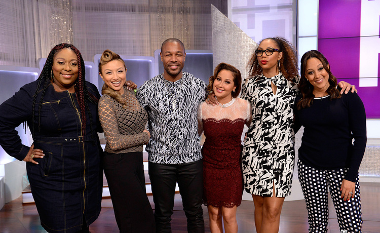 Thursday on 'The Real': Tank Hits the Stage!