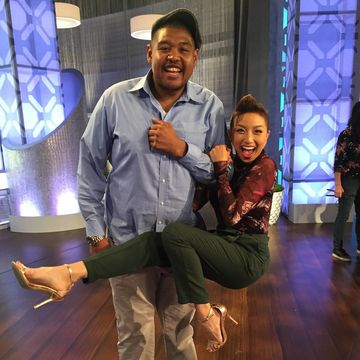 @TheJeannieMai is hangin' with @OmarBensonMiller!