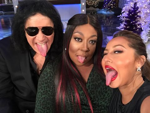Team KISS is ready to play @ShoutrageousApp! Tune in to see how @GeneSimmons,…