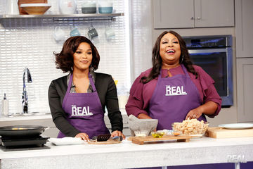 In the Kitchen with Joseline Hernandez