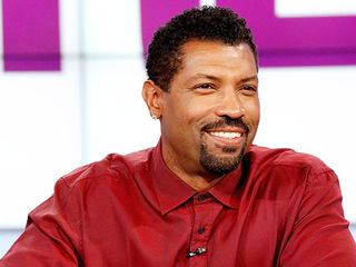 TGIF with Guest Co-Host Deon Cole
