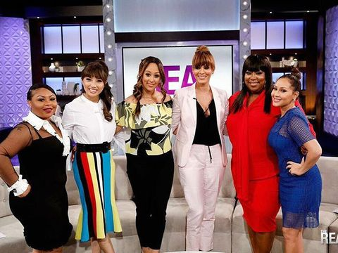 Today on #TheReal, @NicoleAriParker is in the house dishing on her new series,…