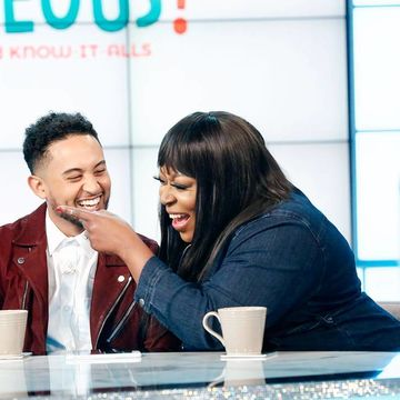 We're getting SHOUTRAGEOUS with @Tahj_Mowry!
